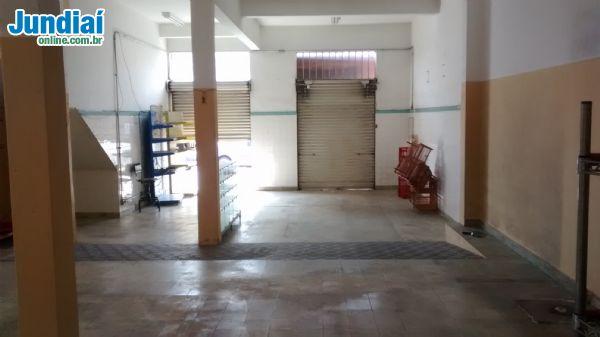Salão Comercial na Rua B. Jesus de Pirap