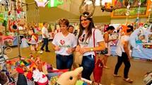 Primeira-dama prestigia trabalho das entidades na Feira da Amizade