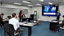 Foxconn apresenta totem de autoatendimento para a saúde
